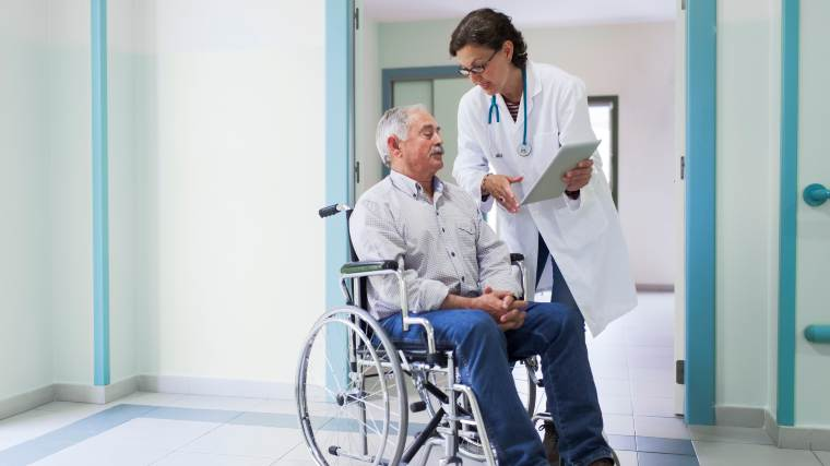 Patient speaking with doctor during discharge